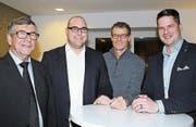 Die Lenz Treuhand AG mit Peter Lenz und Fritz Imfeld gehört neu dem GZU an. Daneben Präsident Martin Keller und Roger Baumgartner, neuer Leiter der Hauptagentur Uzwil der AXA Winterthur (von links). (Bild: Philipp Stutz)