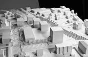 Der hohe Bau an der Ecke Romanshorner- und Bahnhofstrasse soll einen markanten Abschluss des Zentrums bilden. (Bild: PD)