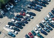 Einen Parkplatz für diverse Nutzungen in der Nähe des Autobahnzubringers Oberbüren/Uzwil – ein Vorschlag aus der Bürgerschaft. (Bild: Reto Martin)