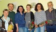 An der HV (von links): Andrea Frey (20 Jahre Mitglied), Marcel Zünd (40 Jahre M.), Yvonne Rutishauser (Präsidentin), Susanne Schönegger, Sandra Seiz und Jakob Studer. (Bild: pd)