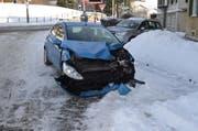 Bei der Kollision wurde das Auto beschädigt, aber niemand verletzt. (Bild: Kapo AR)