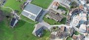 Die Photovoltaikanlage auf der Turnhalle Kugelwis. (Bild: gk)