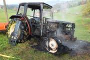 Dieser Traktor ist reif für den Schrottplatz. (Bild: Kapo SG)