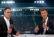 Kennen sich gut: FCSG-Präsident Matthias Hüppi (links) und Ex-Natispieler Alain Sutter. (Bild: freshfocus)