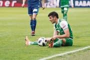 Danijel Aleksic und der FC St. Gallen verpassen es mit einem 1:3 in Luzern, den dritten Tabellenrang zu festigen. (Bild: KEYSTONE)