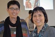 Co-Präsidentin Claudia Lückhof, Wil (links), freut sich über die Wahl von Martina Stäheli, Niederuzwil, als neues Vorstandsmitglied. (Bild: Zita Meienhofer)