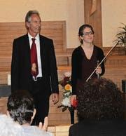 Max Heinz und Fabienne Früh wird mit Applaus für das hochstehende Konzert gedankt. (Bilder: Lisa Leisi)