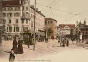 Der Theaterplatz, der heutige Bohl, mit Hotel Hecht und dahinter dem alten Theater um 1900. (Bilder: Stadtarchiv St. Gallen und Sammlung Reto Voneschen)