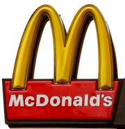 Die Bluttat ereignete sich vor einem McDonald's in St.Gallen. (Bild: Keystone (Symbolbild))