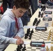Bis zu fünf Stunden dauern Yasin Chennaouis Schachpartien. (Bild: PD)