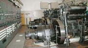 Die drei riesigen Sulzer-Dieselgeneratoren zur Stromerzeugung in der Festung Furggels. (Bilder: Jerry Gadient)