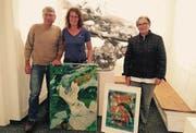 Drei der fünf Montagsmaler: Meinrad Heule, Silvia Anna Winder und Lothe Rüegg (von links). (Bild: PD)