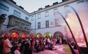 Stimmungsvolle Kulisse für Freiluftkonzerte: Das Kulturfestival hat mit dem Innenhof des Historischen und Völkerkundemuseums einen idealen Schauplatz. (Archivbild: Hanspeter Schiess)