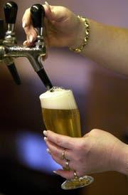 An der Olma fliesst auch Bier in rauen Mengen. (Bild: WALTER BIERI (KEYSTONE))