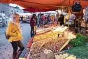Ein Markt in der finnischen Hauptstadt Helsinki. Das Grundeinkommen soll auch den Konsum ankurbeln. (Bild: Alamy)