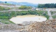 Das Kiesabbaugebiet im Hori. Im Hintergrund die neuen Einfamilienhäuser im Gebiet Sonnenhalde. (Bilder: Philipp Stutz)