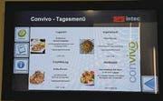 Bildschirme an sechs Standorten informieren über das Angebot.