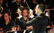 Daniel Ritter hatte sein Debüt als leitender Dirigent für die Shownight. (Bild: Patrick Dombrowski)