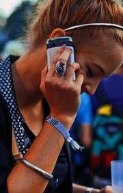So individuell wie die eigenen Wünsche: Das Angebot an Handys. (Bild: ky/Martin Rütschi)