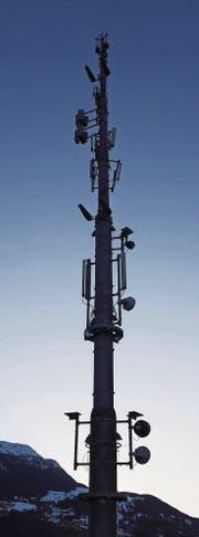 Die Vielfalt der Mobilfunkantennen ist gross. (Bild: Martin Rütschi/KEY)
