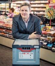 Leihbox-Gründer Erik Streller-Shen: «Kioske sind ideale Partner für uns.» (Bild: Michel Canonica)