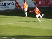 Christian Witzig beim Aufwärmen vor dem entscheidenden Spiel gegen Portugal. (Bild: PD)