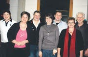 Die sportliche Familie Abderhalden: (von links) Beat, Andrea, Urs, Marianne und Jörg mit ihren Eltern Rosmarie und Jörg Abderhalden. (Bilder: Urs Huwyler)