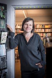 Die Ihaberin und Gründerin der Buchhandlung zur Rose: Leonie Schwendimann. (Bild: Ralph Ribi)
