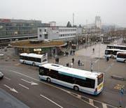 Konkret sieht die ÖV-Strategie Wil 2030/35 vor, dass künftig alle Buslinien den Bahnhof Wil anfahren. (Bild: Simon Dudle)