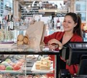Mit der Smartphone-App Sonect werden Geschäfte wie Bäckereien auch zum Bancomaten (Symbolbild). (Bild: Getty)