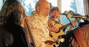 Den Schalk im Nacken und den Rhythmus in den Fingern: das Bluegrass String Quartet. (Bilder: Michael Hug)