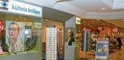 Die Kühnis Brillen & Optik AG heisst ab heute Kühnis Optik AG. Funktioniert alles wie geplant, zieht das Optik-Fachgeschäft Ende 2019 aus dem Rhydorf-Center aus. (Bild: Kurt Latzer)