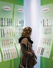 Swatch-Stores sind seit vielen Jahren ein wichtiger Verkaufskanal des Unternehmens. (Bild: KEY/Gaëtan Bally)