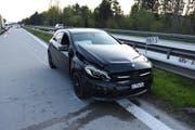 Beim Auffahrunfall waren drei Autos beteiligt. Es entstand ein Sachschaden von gegen 20'000 Franken. (Bild: Kapo SG)