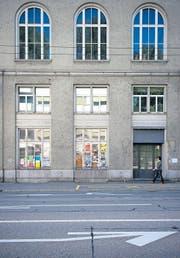 Die Fassade bröckelt langsam ab beim ehemaligen Hotel Ekkehard an der Rorschacher Strasse. (Bild: Urs Jaudas)