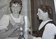 Milli Wittenwiler (rechts) gratuliert der neuen Präsidentin Anni Abderhalden zur Wahl. (Bild: PD)