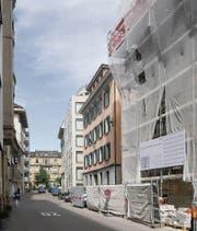 Heute: Das frühere italienische Konsulat (rechts in der Mitte) an der Frongartenstrasse, Aussenansicht mit Blick Richtung Oberer Graben. (Bild: Michel Canonica)
