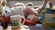 Nur bei Kleinkindern und den 5- bis 14-Jährigen steigt die Zahl der neu an Grippe Erkrankten noch. (Bild: Nana Do Carmo)