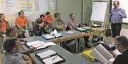 Die Mitglieder des Regionalen Führungsstabes Oberes Rheintal haben sich im Bereich Kommunikation und Medienarbeit weitergebildet. (Bild: pd)