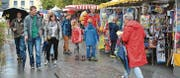 Schon kurz nachdem die Kilbi eröffnet wurde, haben sich die Marktgassen mit Besuchern gefüllt.