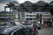 Die beiden Kriminaltouristinnen wurden am Zollübergang St.Margrethen erwischt. (Bild: Benjamin Manser)