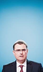 Kann weiterhin keine eigenständige Geldpolitik betreiben: Thomas Jordan, Chef der Schweizerischen Nationalbank. (Bild: Anthony Anex/KEY)