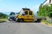 Insgesamt wurden drei Personen beim Unfall verletzt. (Bild: Kapo AR)