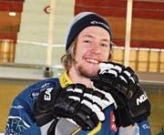 Er hat etwas gegen Manuel Holensteins Pläne: Lukas Sieber, hier im Dress des HC Davos. Er spielt jetzt beim EHC Chur und tritt in seiner Heimat an. (Bild: PD)
