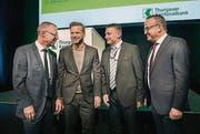Talk vor dem Frühstück: (v. l.): TKB-Chef Heinz Huber, Wolfgang Jenewein, Mowag-Chef Oliver Dürr und Remo Lobsiger (TKB). (Bild: Andrea Stalder)