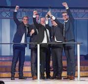 Das Siegerteam Managementkonzeption (von links): Philipp Sutter, Nicolas Gorlero, Fabian Ritter, Projektleiter Johannes Grob und Luca Pieli. r (Bilder: Urs Buche)