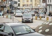 Abendstau auf der St. Gallerstrasse: Nun soll ein interner Verkehrsplaner den Knoten lösen. (Bild: Hanspeter Schiess (26. März 2018))
