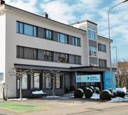 Die Clientis Bank Thur führt Geschäftsstellen in Ebnat-Kappel (Bild) und Unterwasser. (Bild: Sabine Schmid)