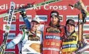 Podest des ersten Schweden-Rennens (v. l.): Marc Bischofberger, Alex Fiva und Jean-Fréderic Chapuis liegen auch im Gesamtweltcup an der Spitze. (Bild: Swiss Ski)