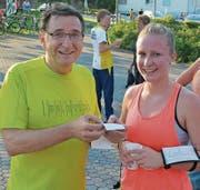Flavia Steffen (Rebstein) ist die einzige Rheintaler Anwärterin auf einen Spitzenplatz im OL-Cup. Mit ihrer Zeit in Marbach war sie zufrieden, dass sie allerdings schneller lief als ihr Lehrmeister Hans Mafli aus Widnau, war von beiden erwartet worden. (Bild: Yves Solenthaler)